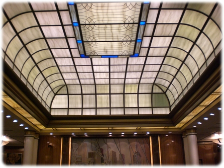 qm2-britannia-glass-ceiling-3l.jpg