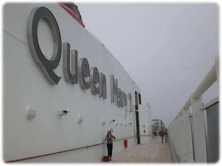 qm2-queen1and2-3l.jpg