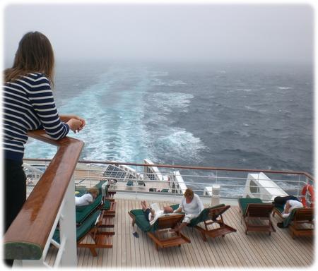 qm2-deck-11-rear-view-3l.jpg