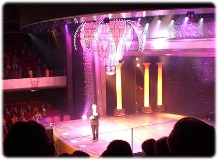 qm2-royal-court-theatre3-3l.jpg