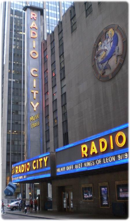 radio_city_music_hall3l.jpg